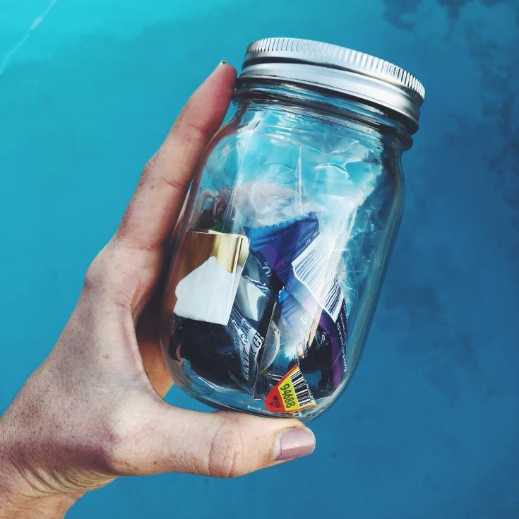 zero Waste trash jar family vegan plastic sustainable