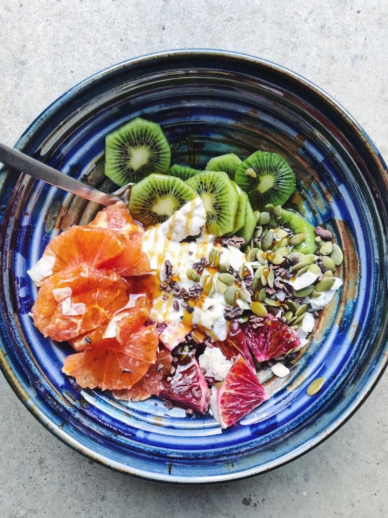 vegan bowl breakfast coconut yogurt