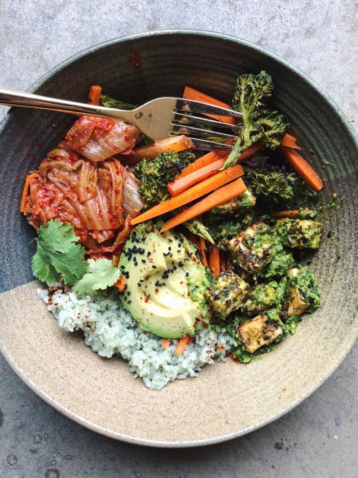 vegan kimchi tofu rice bowl