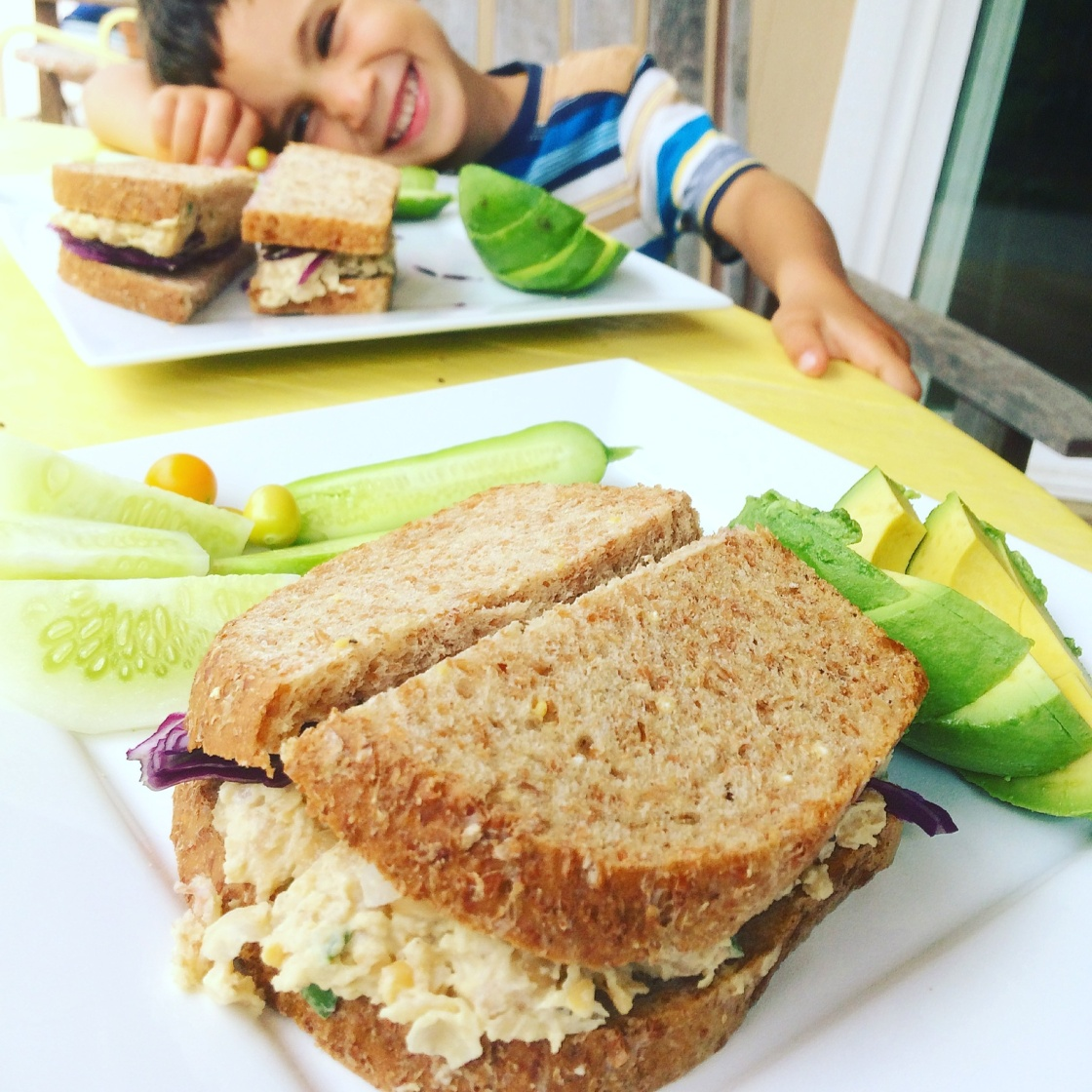 chickpea salad sandwich vegan
