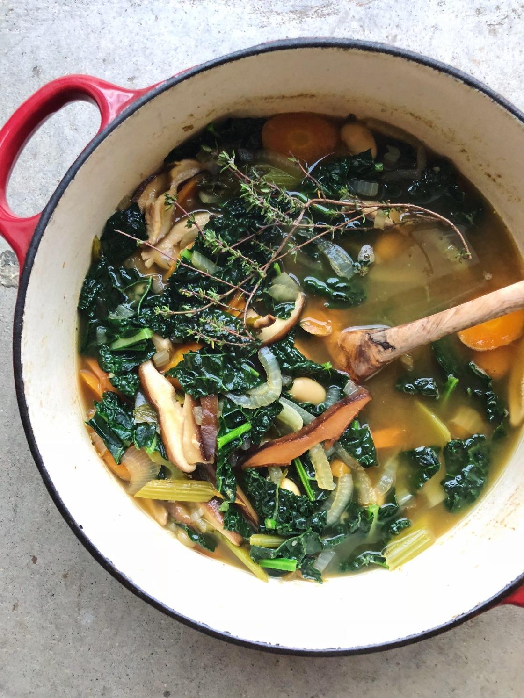 Vegan soup kale