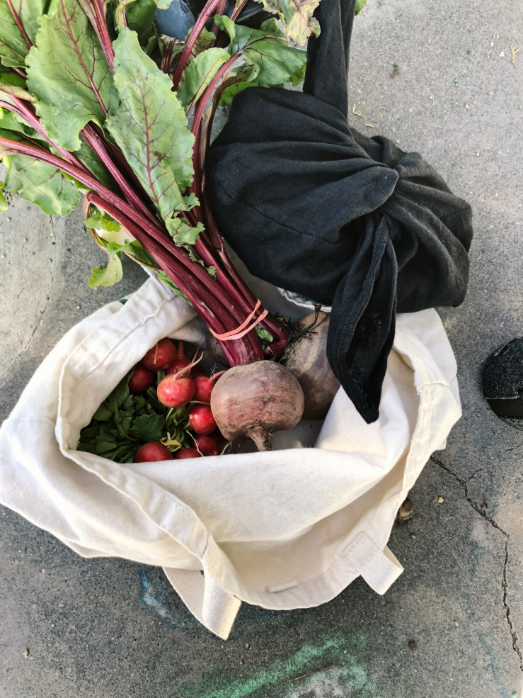 beet Radish linen bag vegan
