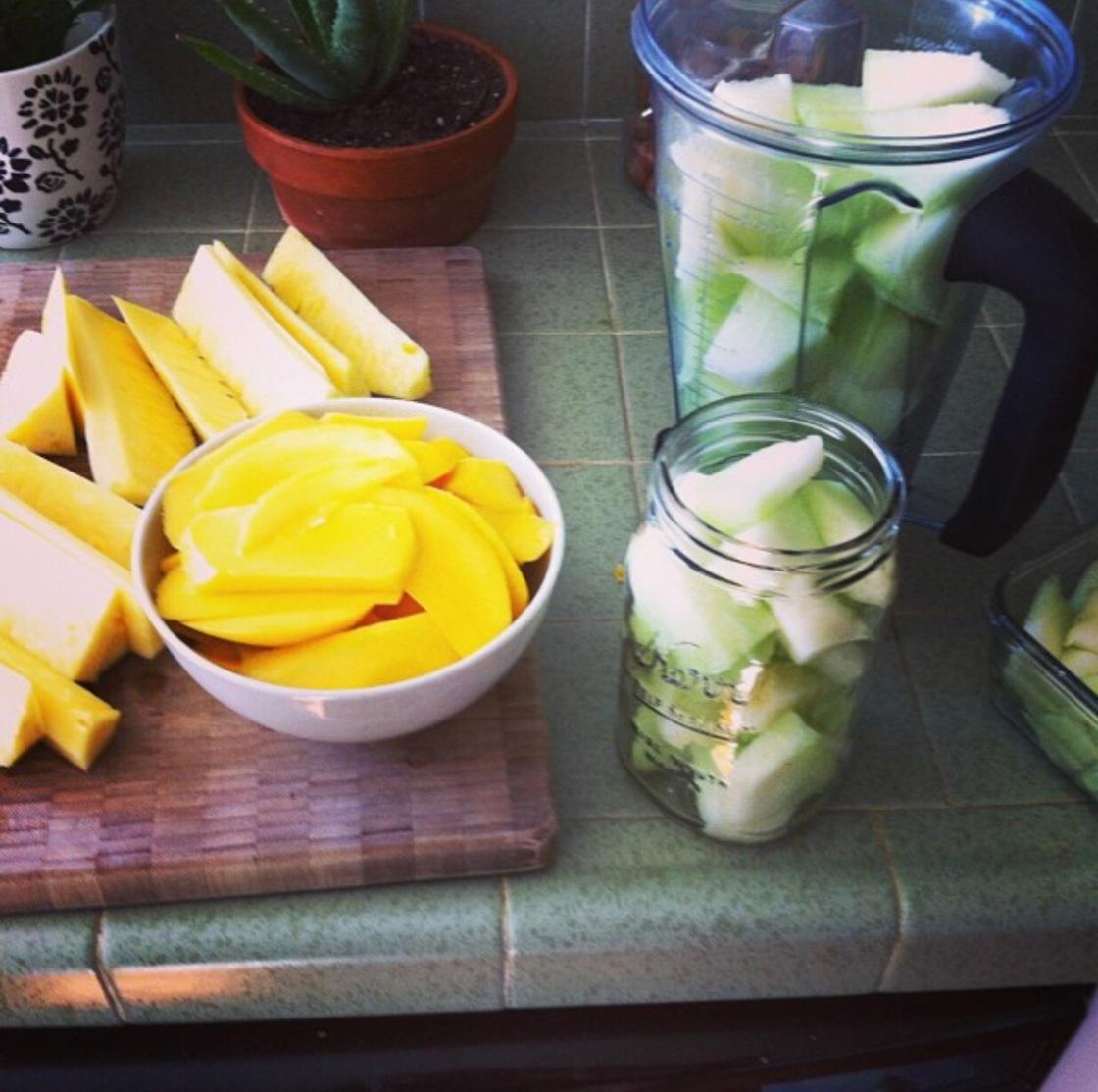 raw vegan fruit
