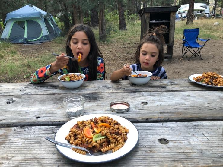 camping vegan kids dinner zero waste pasta